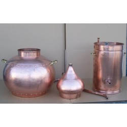 Alambic traditionnel 40 litres,  Thermomètre, Alcoomètre, grille de separation grille de gaz  désassemblés.