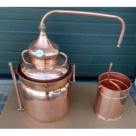 Alambic en cuivre abain marie de 25 litres Thermomètre inclus.