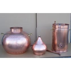 Alambicco tradizionale a 50 litri con termometro, griglia di rame, Etilometro, bruciatore a gas smontata.
