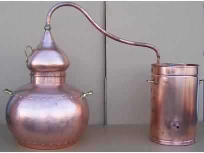 Alambicco tradizionale in rame a 150 litri
